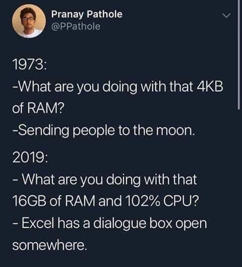 136733