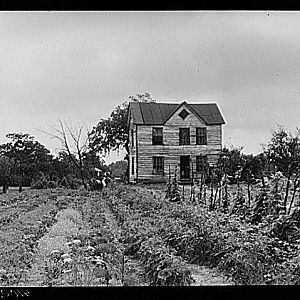 House & Home Garden of William Sanders, Aug 1940