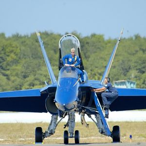 PAXRVR Air Expo - Blue Angels - Entering Cockpit
