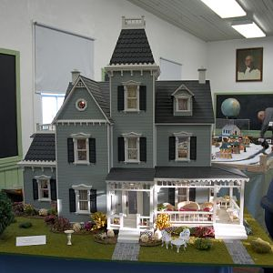 Doll & Train Show @ St. Clements Island - Potomac River Museum