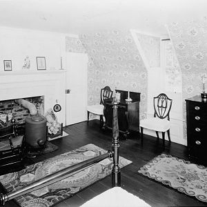 West bedroom ('Platter room') over library