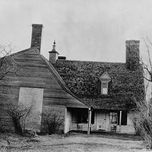 East front: at left, 19th century kitchen wing. (c. 1910)